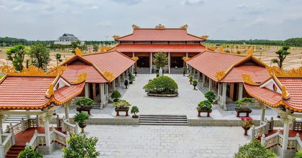 Tịnh xá Sala Garden là sự kế hợp kiến trúc truyền thống và hiện đại