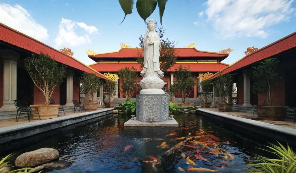 Tịnh xá Sala là công trình tâm linh đặc biệt tại Sala Garden