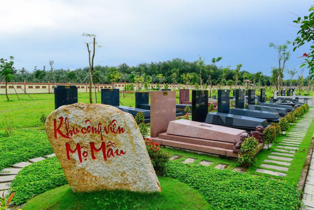 Khu mộ mẫu tại hoa viên sẽ là nơi khách hàng có thể xem trước ngôi nhà cho người thân đã mất của họ