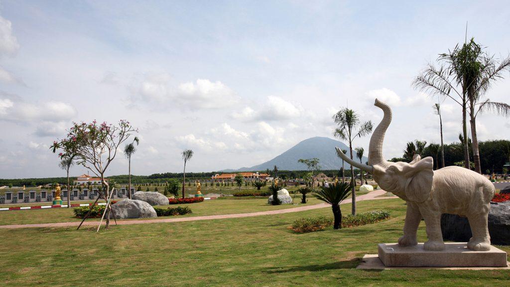 Hoa viên nghĩa trang Sơn Trang Tiên Cảnh