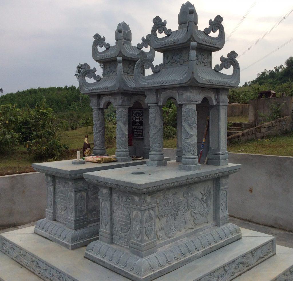 Mộ đá đôi là sản phẩm thể hiện mong muốn được chôn cất có đôi trong văn hóa của người Việt